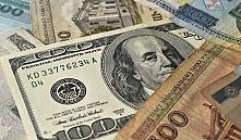 В Беларуси средняя зарплата за год уменьшилась на 161 доллар