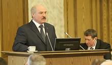 Лукашенко пригрозил отправить правительство в отставку