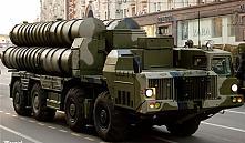 Александр Лукашенко поставил задачу создать в Беларуси ЗРК не хуже С-300