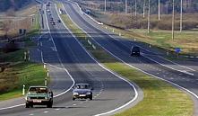 В Беларуси будут строго наказывать за вывоз мусора на поля и в леса
