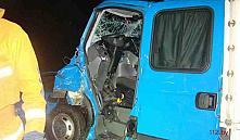 Водитель грузовика протаранил автопоезд, отвлекшись на навигатор