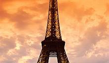 Эйфелева башня скроется под цветочным покровом