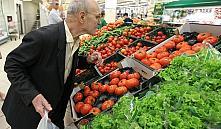 Кобяков потребовал снизить цены на белорусскую плодоовощную продукцию