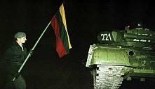 Белорусов начали подозревать в штурме Вильнюсской телебашни