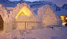 В румынском ледяном комплексе построят отель и церковь