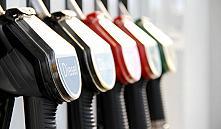 «Белнефтехим» рассказал гражданам, почему повысил цены на бензин