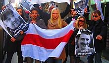 Белорусы устроили пикет в Нью-Йорке против спонсирования чемпионата мира по хоккею - 2014 в Минске