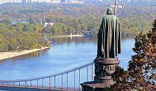 Жилье в Киеве начало стоить меньше тысячи долларов за «квадрат»