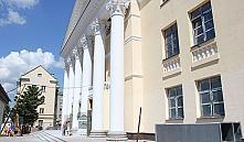 Реконструкция Молодежного театра подходит к завершению