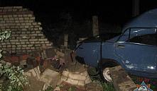 ВАЗ въехал в кирпичное здание в Бобруйске: есть пострадавшие