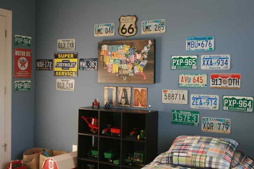 Как украсить комнату красиво?