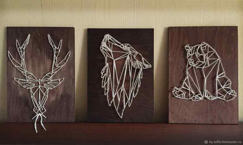 Украшение комнаты картинами из ниток