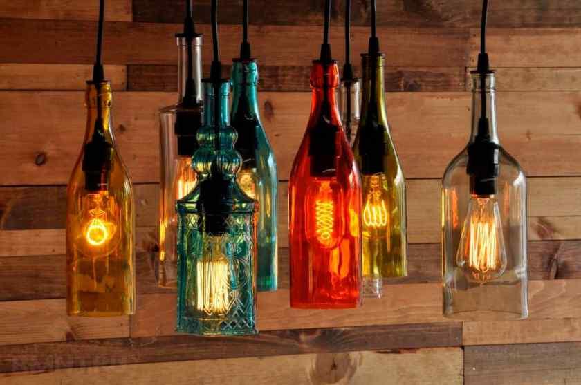 Как украсить комнату лампами?