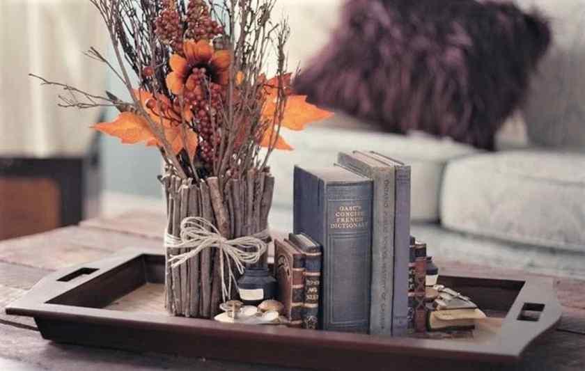 Как красиво украсить комнату вазами?