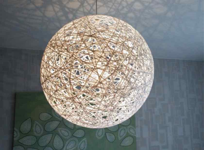 Как украсить комнату оригинальными лампами?