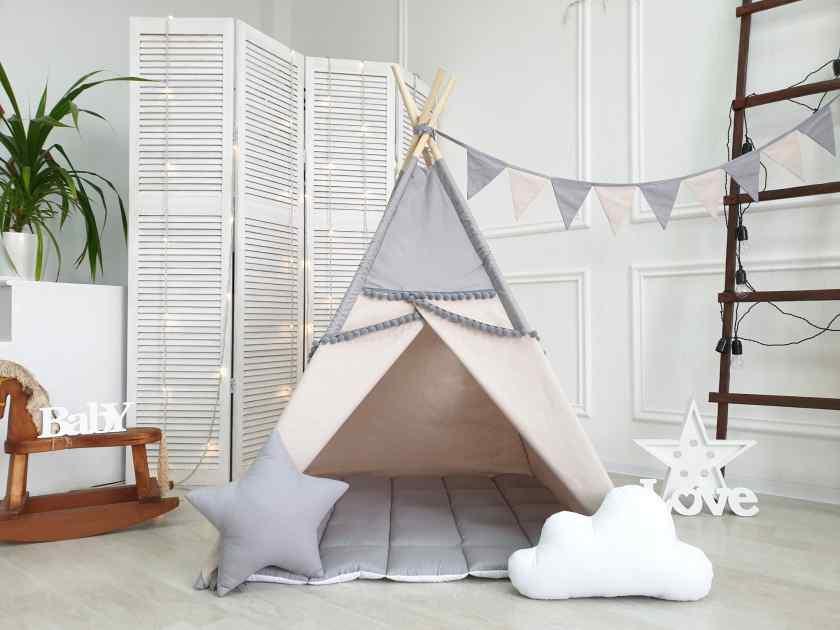 Как украсить комнату шатром?
