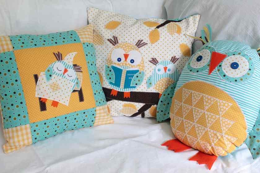 Как украсить квартиру подушками своими руками?