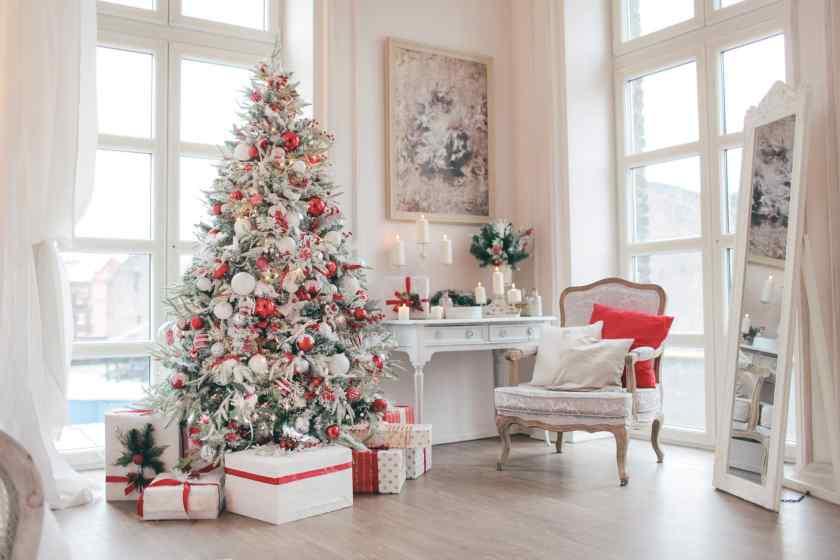 Как украсить красиво елку на Новый год?