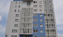 Дольщики очередного многоквартирного дома, который сдали лишь по бумагам, записали видеобращение к Президенту Беларуси.
