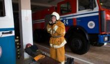 Минск: из задымленной кабины лифта спасатели достали двух женщин