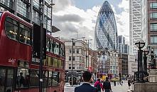 Лондонский «Огурец» выставили на продажу
