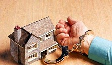 Риелтор столичного агентства недвижимости заработала на клиентах более 100 млн.рублей