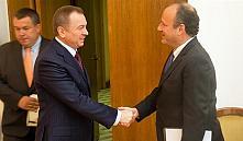 Представитель госдепа США прибыл в Минск, чтобы обсудить отмену санкций