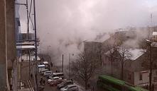 Туман в Гродно: из-за прорыва теплотрассы привокзальная площадь оказалась в клубах пара